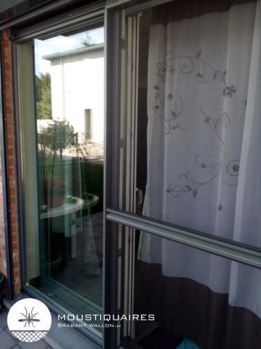 moustiquaires-porte-coulissant-5
